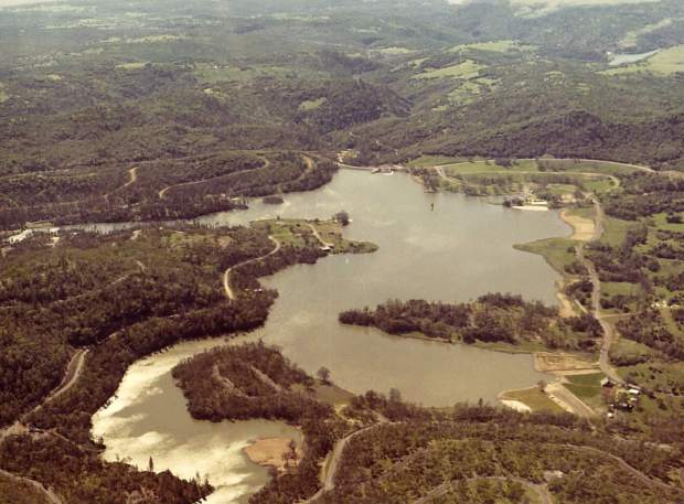 This 1980 aerial photograph shows the early stages of development of the Lake Wildwood community.