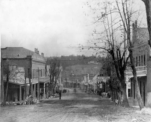 Looking east down Main Street, Grass Valley, in 1895. The Holbrooke Hotel is on the left