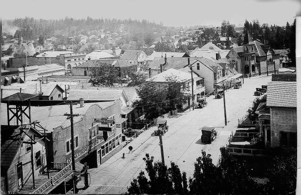 South Church Street, as viewed from the Bret Harte Hotel about 1926. The Grass Valley Congregational Church at far right was on the corner of Neal Street.