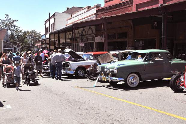 Car Show Takes Over Downtown Grass Valley TheUnioncom - Car show downtown