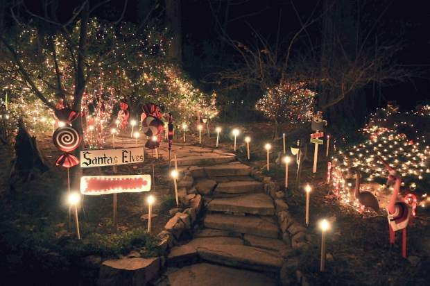Bright Lights Bring Christmas Cheer To Nevada County Map Theunion Com
