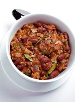 A one-pot inexpensive dish, Spinach and Bacon Chili. Illustrates ONTHEFRIDGE (category d), by Bonnie S. Benwick (c) 2012, The Washington Post. Moved Monday, Sept. 17, 2012. (MUST CREDIT: Photo for The Washington Post by Deb Lindsey.)