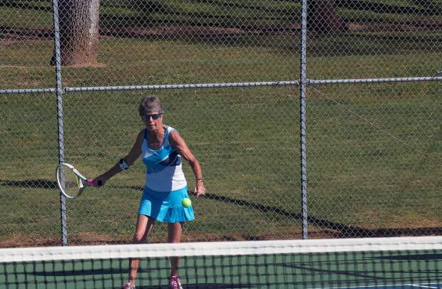 article womens tennis improves over weekend