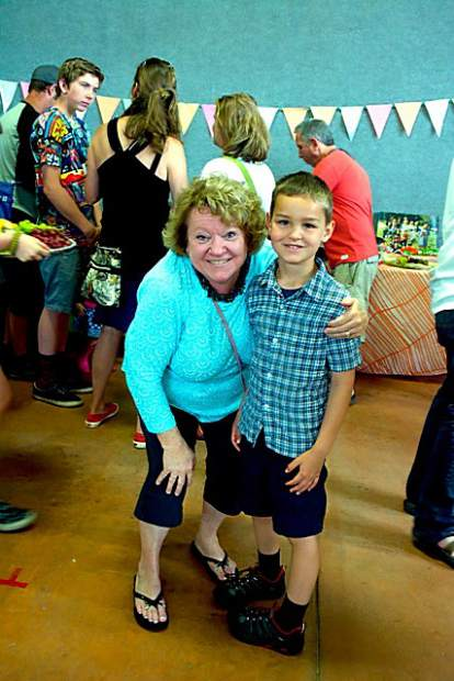 Parents, students honor retiring Tall Pines director ...