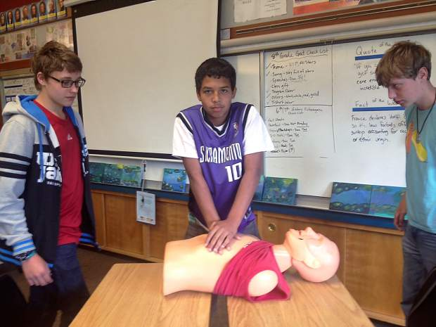 Prepared: Chicago Park 8th graders CPR certified | TheUnion.com
