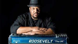 Roosevelt Collier plays Crazy Horse Thursday
