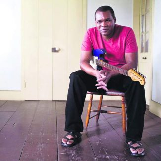 Bluesman Robert Cray to play in Grass Valley Sunday