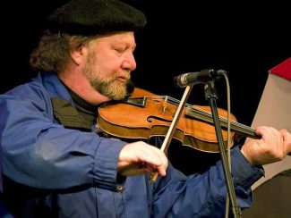 """Ceilidh in the Park"" picnic concert Saturday with Alasdair Fraser"