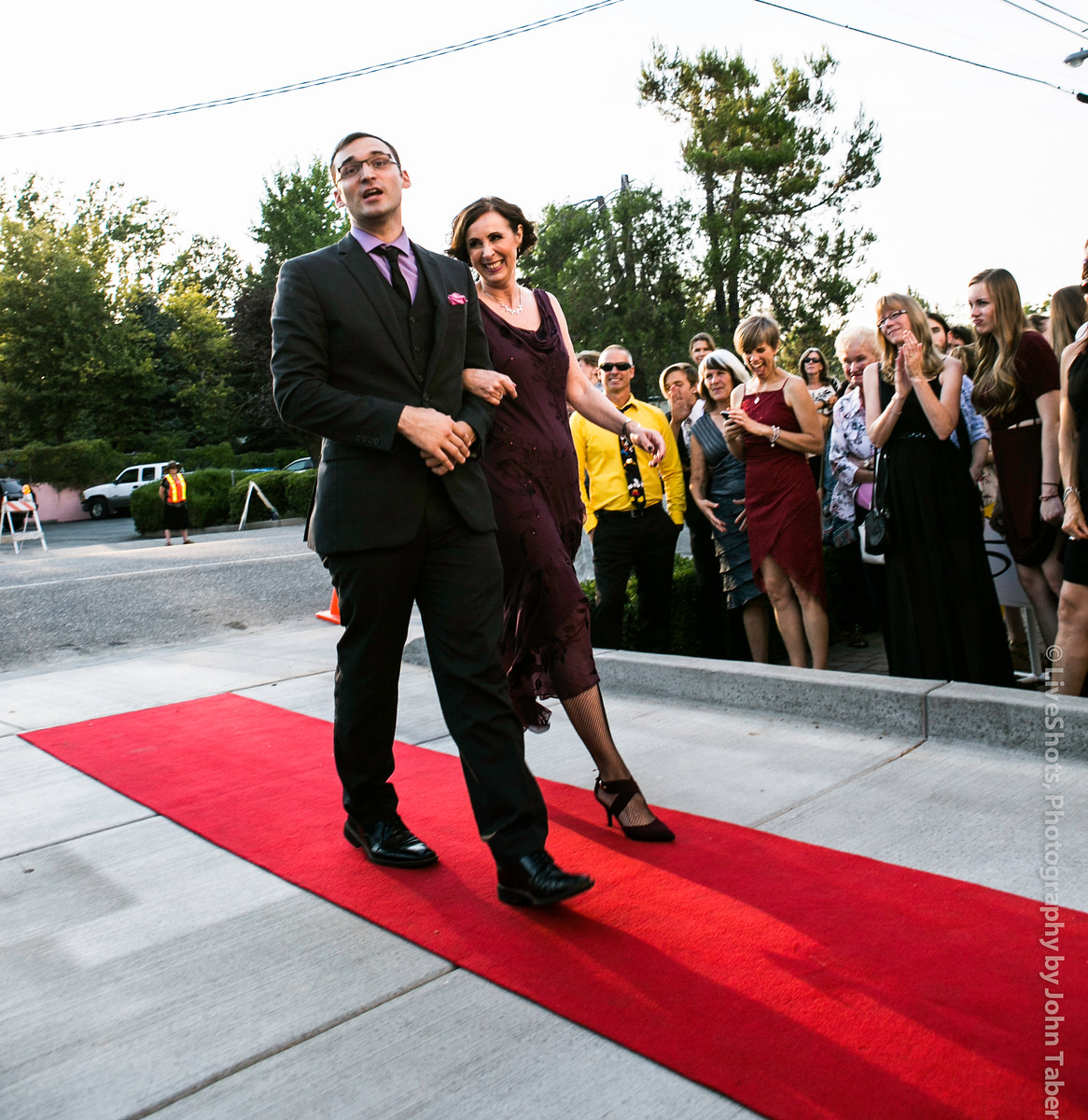 Walk by adoring crowds on your way in to the show. Photo by John Taber