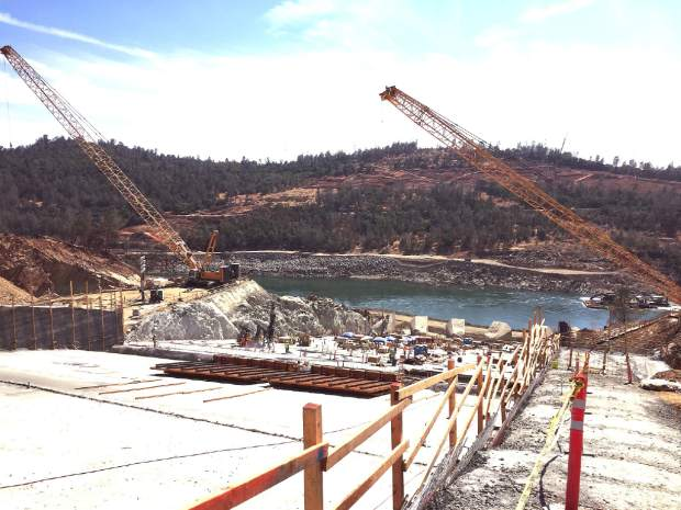 Massive effort in motion to repair Oroville Dam Spillway (VIDEO