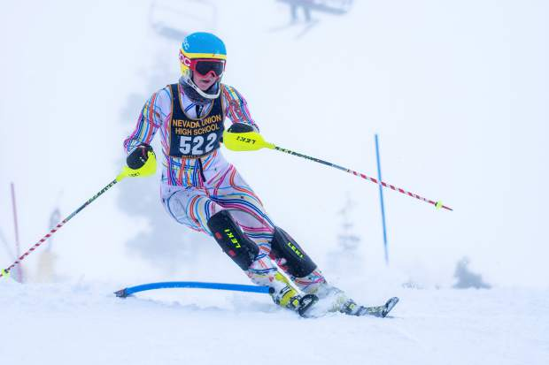 Leading the girls team in both slalom races was Dannah Fournier, placing second individually in Monday's race and fourth in Wednesday's competition.