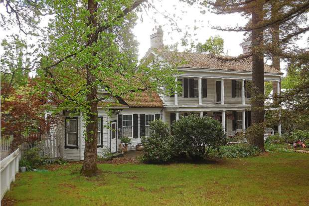 A photo of the historic Stewart Mansion in Nevada City.