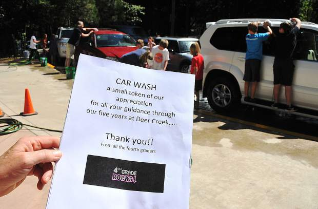 The outgoing fourth-graders of Deer Creek Elementary School in Nevada City offered a token of appreciation to the school's staff by working shifts to wash the faculty's 44 vehicles before the end of the school day Friday.