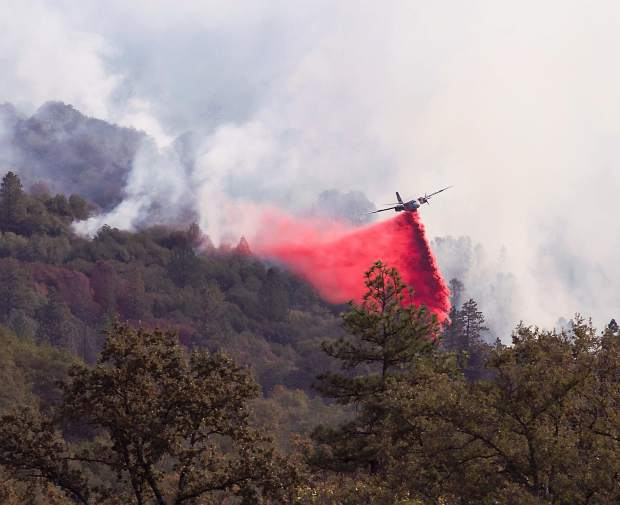 Airtanker battling the Lobo Fire.