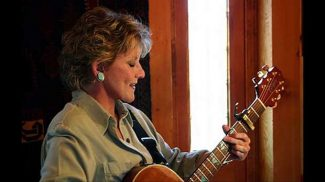 Country music hall of famer Lacy J Dalton plays Grass Valley Saturday
