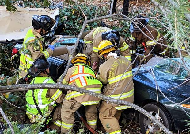 man trapped in vehicle for hours after grass valley crash theunion com