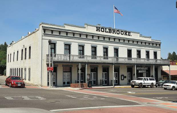 The historic Holbrooke Hotel was a stopping point for many famous people in it's time, including a pair of presidents, and prize fighters.