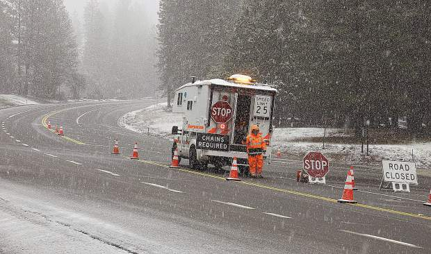 Snow causes road closures, accidents throughout Nevada County