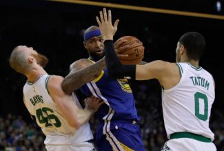 IN THE WAKE OF THE WEEK: Warriors' woes continue; Kings fading in playoff race