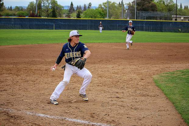 Nevada Union (6-7, 2-4 Foothill Valley League) couldn't manage to score on Oakmont (14-1, 5-1) in the three-game series, dropping games in 7-0, 9-0 and 10-0 fashion.