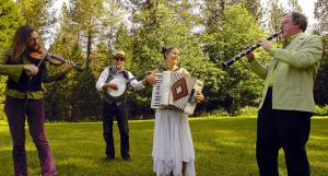 Beaucoup Chapeaux set to play Classic Cafe in Nevada City