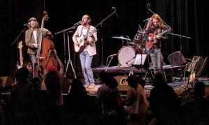 Brotherly Mud to play hometown show Friday