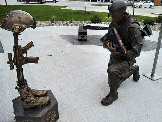 In this county seat of 26,000 residents in eastern Nebraska, the city has erected an incredible monument to honor veterans in all divisions of the military and all of the wars.