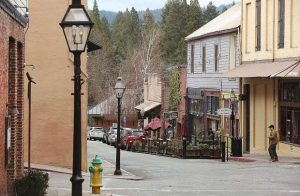 Nevada City pilot project will make Commercial, York streets one way