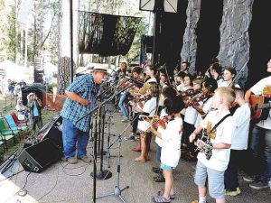 Pickin' some fine tunes: Bluegrass Festival a spectacle for Father's Day weekend in Nevada County