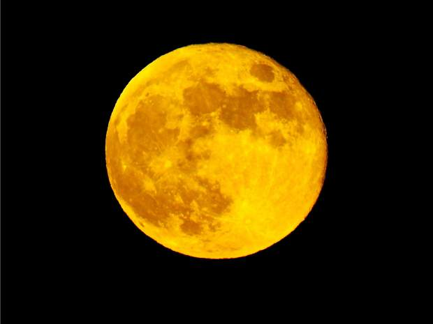 Nevada County Captures: Strawberry full moon June 17