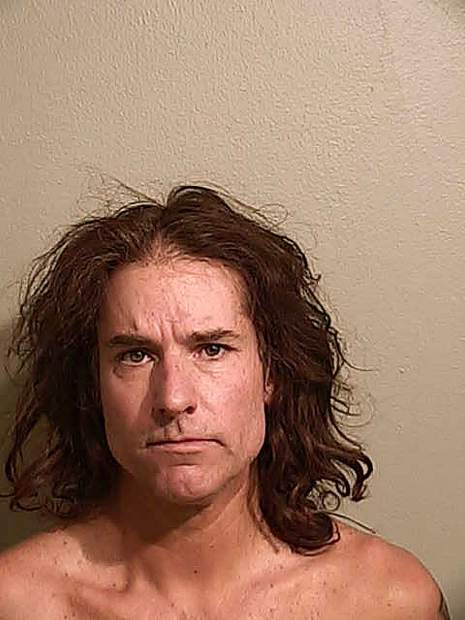 Woman flees boyfriend, leaving infant at Truckee home, as boyfriend vandalizes house