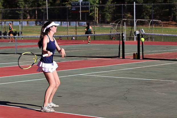 Bella Glorfield earned victory for the Lady Miners in the No. 2 singles match, 6-3, 2-6 (10-2).