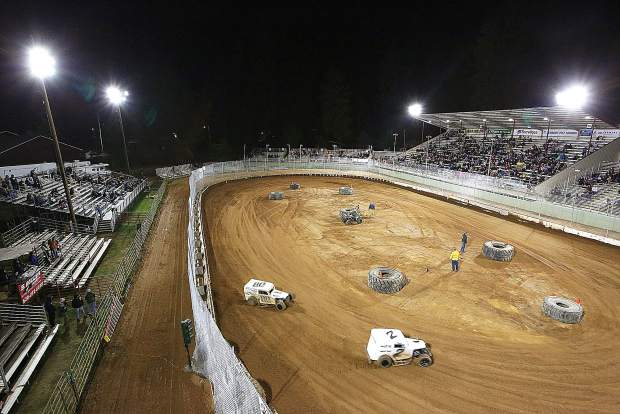 For the first time in 25 years, Vintage Duels racing returned to the Nevada County Fairgrounds.