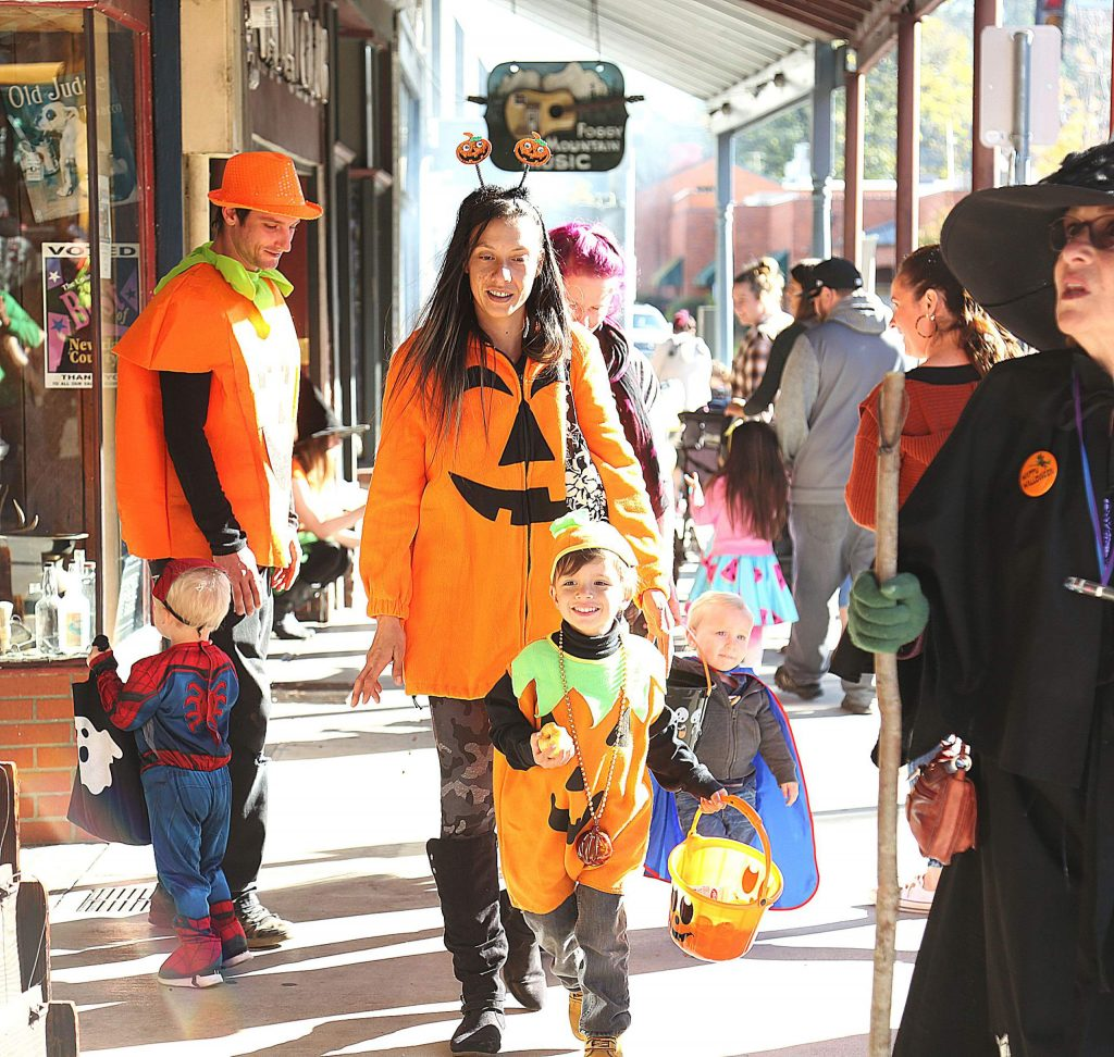 Kanoa Fowler and the Fowler family enjoyed their safe trick-or-treat event dressed as pumpkins.