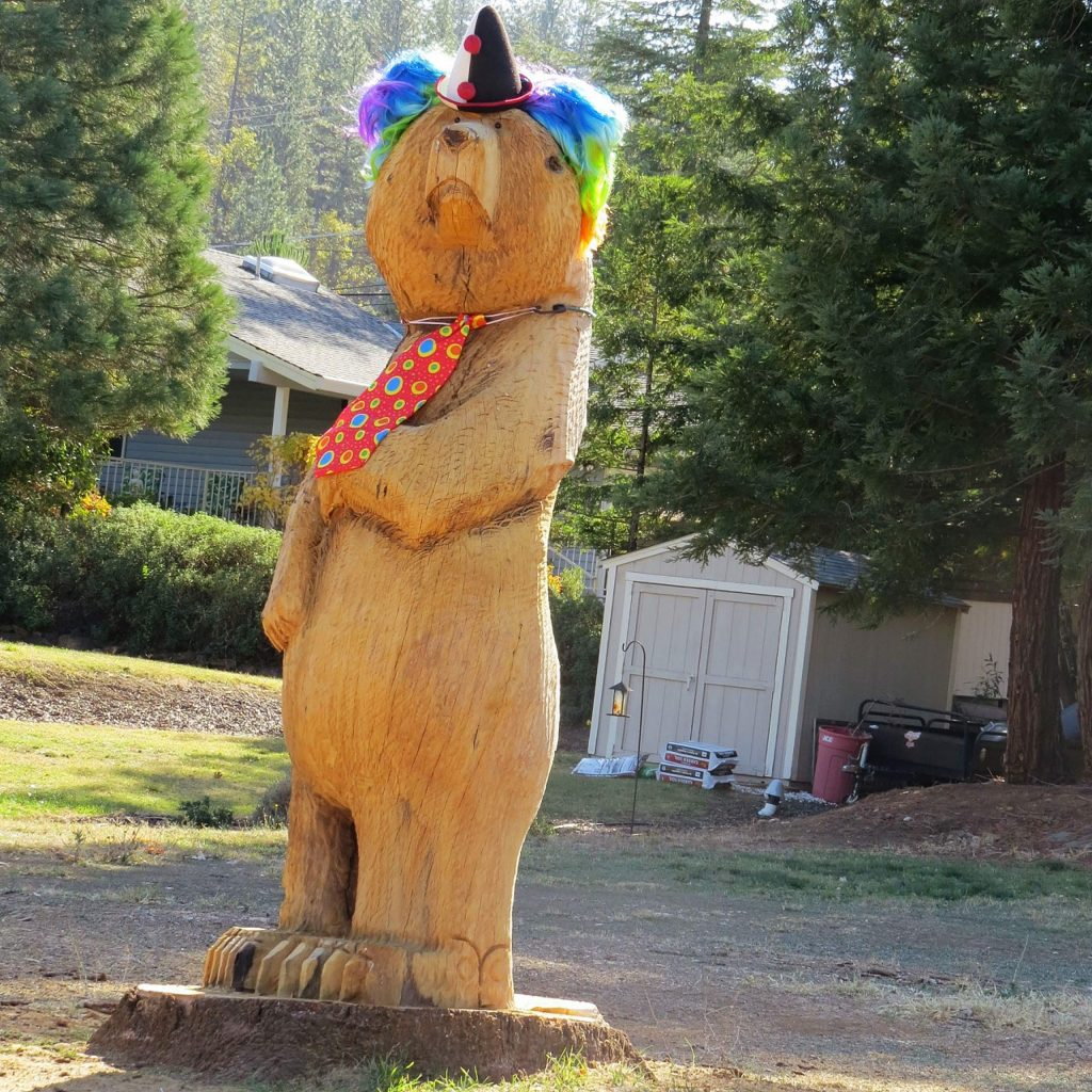 Looks like another Jeff Turpin sculpture from the Lake of the Pines.