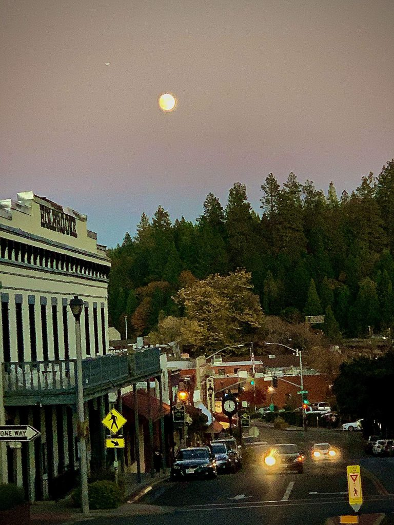 Huge harvest moon looks over downtown Grass Valley Sunday, November 10.