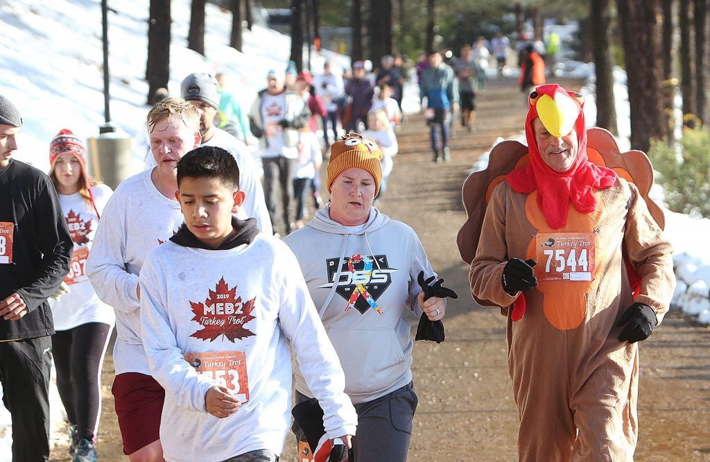 Runners make their way down the final stretch of the 2019 Michael Edward Bratton II Turkey Trot.