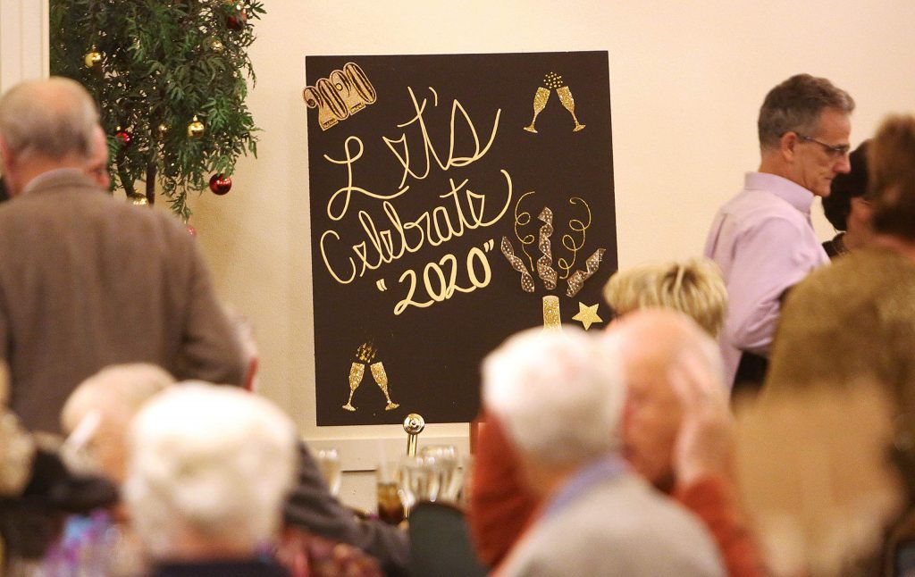 The sold out dinner crowd at the Alta Sierra Country Club had an early New Years Eve dinner and toast at 9 p.m. for those wanting to leave early before the rest danced the night away.