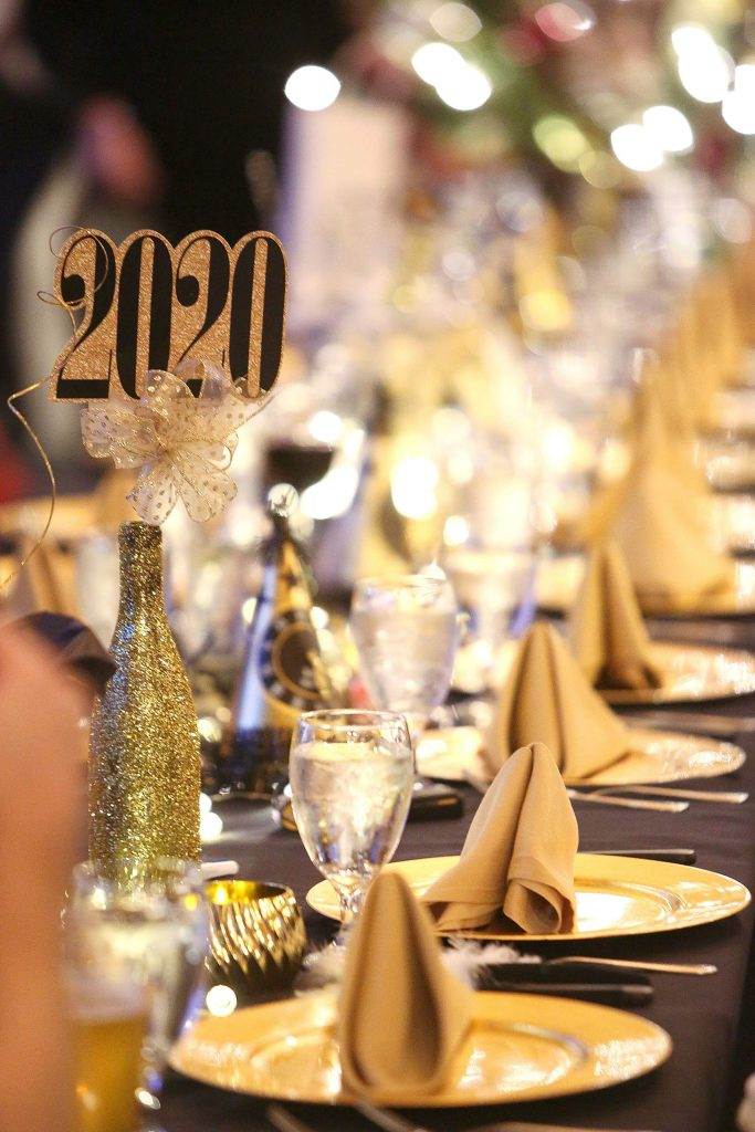 The Alta Sierra Country Club hosted their sold out New Year's Eve dinner Tuesday at the golf course.