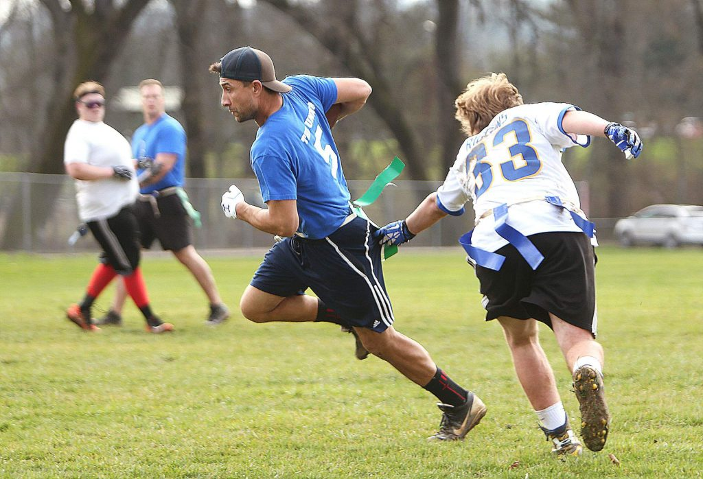 Tecmo's Steve Lime looks to advance the ball during Satuday's championship game in Penn Valley.