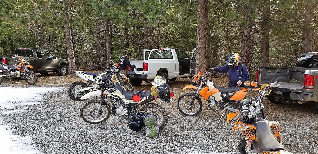 Nevada County Woods Riders helping the USFS clear the Burlington Trail System to ring in the New Year.