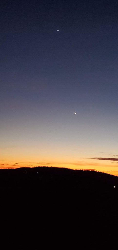 The moon and Venus visible in Penn Valley.