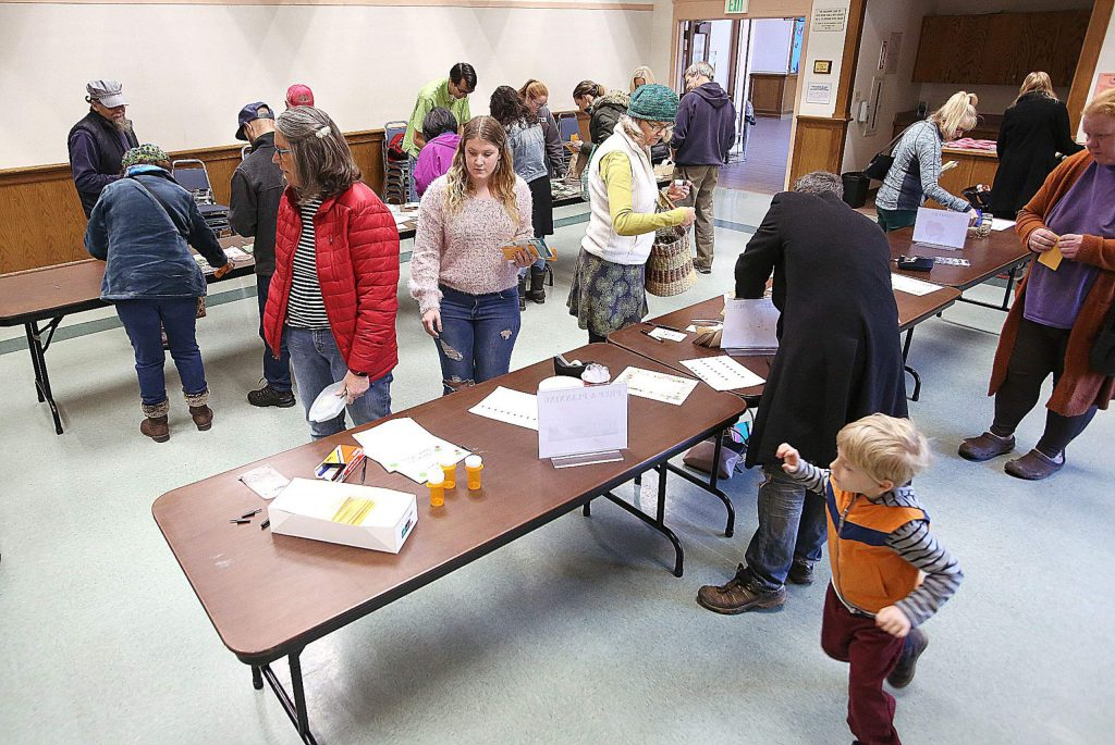 More than 25 early gardeners descended upon the Madelyn Helling Library Saturday to get a jump on the 2020 growing season with the community seed swap.