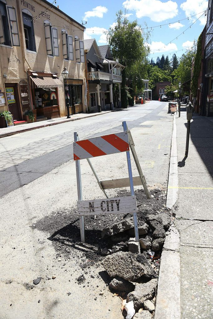 Contractors responsible for replacing sewer mains along Commercial Street have dropped behind schedule.