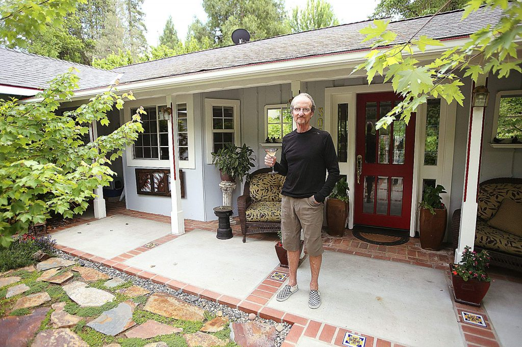 Local teacher and cartoonist John Carr has retired after 37 years of teaching in Nevada City.
