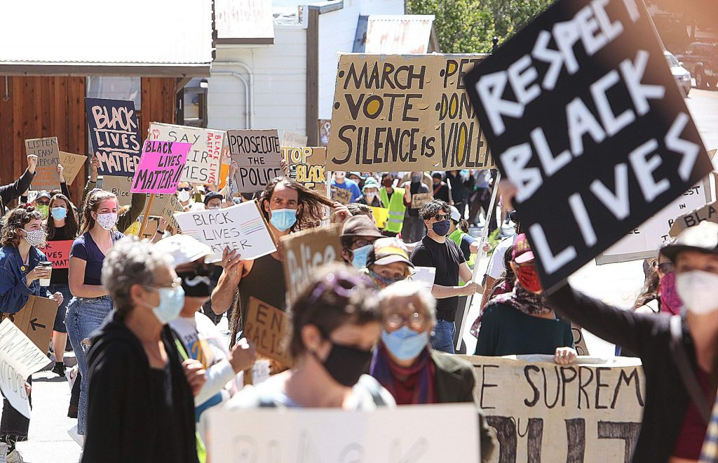 Hundreds of people took to downtown Grass Valley Saturday morning to take part in a peaceful protest asking for police reform.