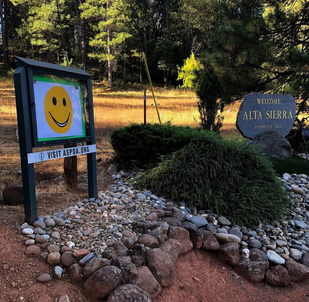 """""""Happy Face"""" welcome signs were erected at the three entrances to Alta Sierra by Alta Sierra Property Owners Association Board Member Don Bessee."""