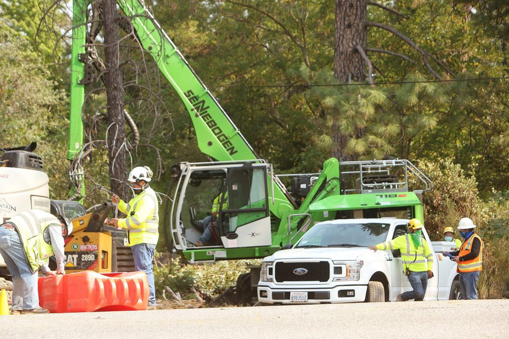 Contractors have already begun mitigating the tree fall hazard on their power lines along Broad Street this week by limbing and cutting down trees.