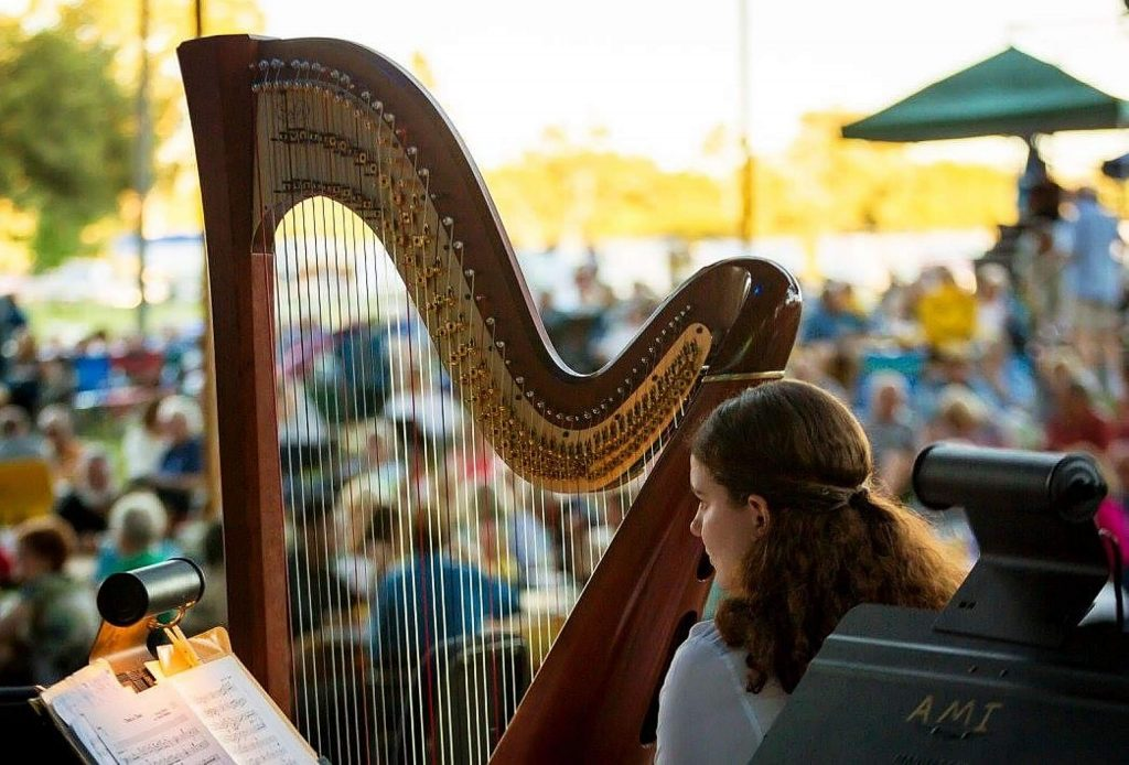 A harp workshop is scheduled from 4 to 5:30 p.m. today. Attendees are asked to bring their own harp.