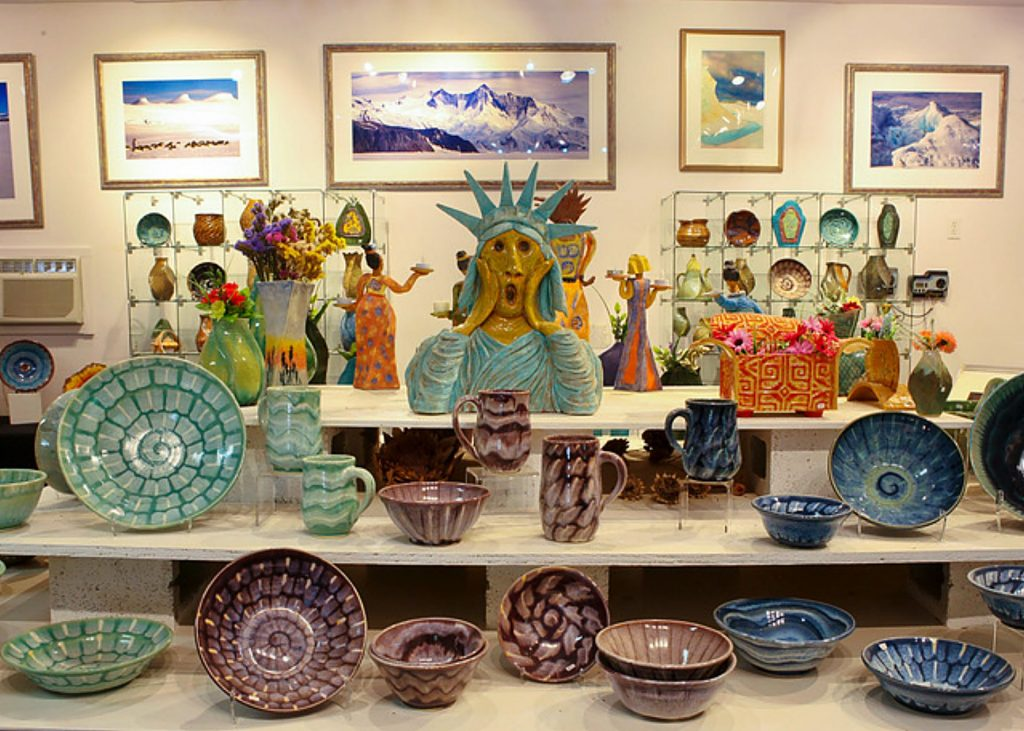 Twin Star Gallery in Grass Valley is home to the work of artist Mindy Oberne. Her pottery, as well as her original photography, is on sale now to benefit Hospitality House.